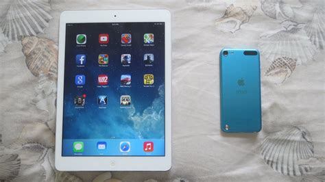 iPad Air Vs iPod Touch 5th Gen - YouTube