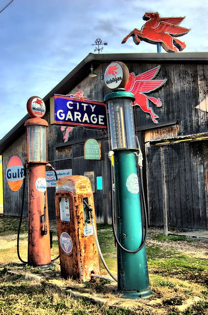Old Gas Station, Salado, Texas | I drive by this place